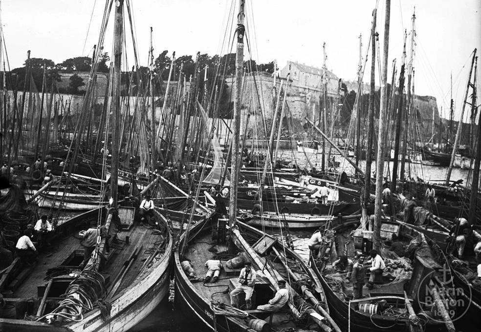 Le port du Palais (1910)